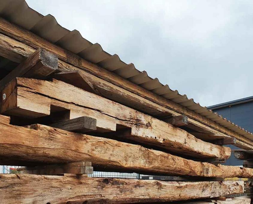 Nachhaltig bauen mit der Wiederverwendung von Altholz.