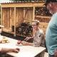 Das Hylly Brennholzlager schafft mehr Ordnung und Wohlfühlatmosphäre im eigenen Garten